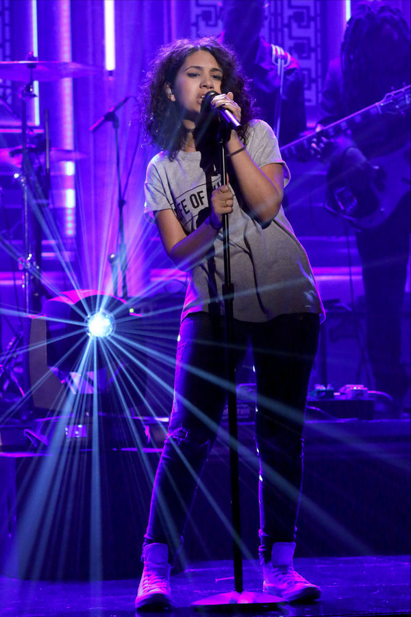 THE TONIGHT SHOW STARRING JIMMY FALLON -- Episode 0301 -- Pictured: Musical guest Alessia Cara performs with The Roots on July 29, 2015 -- (Photo by: Douglas Gorenstein/NBC)